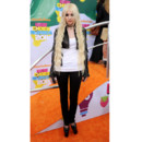 Kids Choice Awards Taylor Momsen grungette avec son mini perfecto