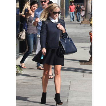 Reese Witherspoon preppy chic à Los Angeles
