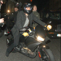 Photo : Orlando Bloom sur sa moto