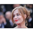 Isabelle Huppert Cannes 2011 montée des marches Tree of Life