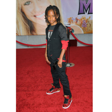 Jaden Smith prend la pose