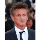 Sean Penn Cannes 2011 montée des marches Tree of Life