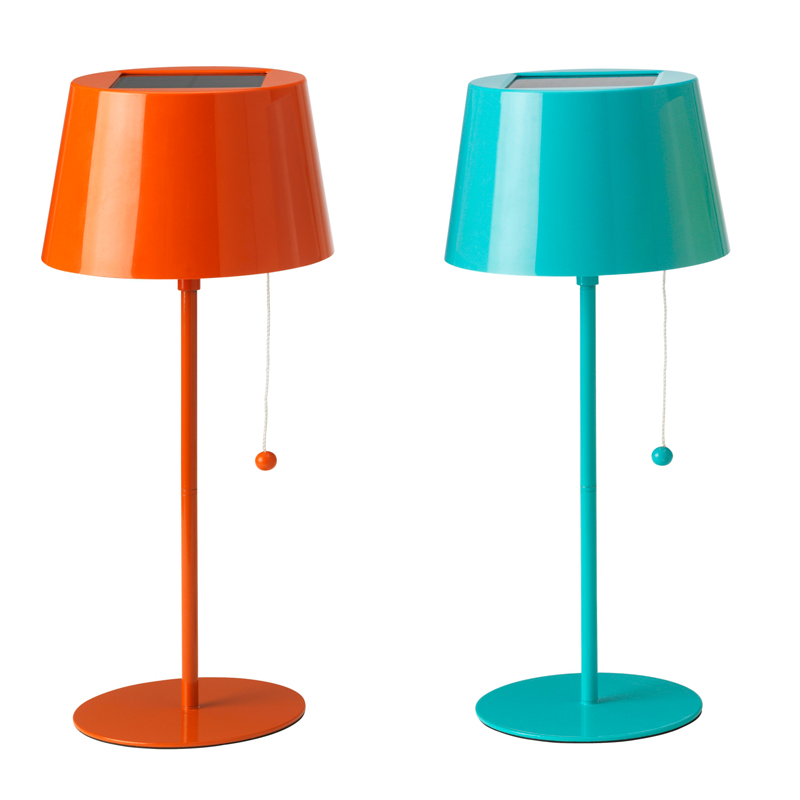 25 lampes color es pour gayer sa d co de salon lampe nergie solaire ikea d co - Lampe de salon ikea ...