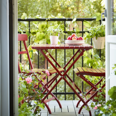 nouveaut s ikea printemps et 2014 plut t jardin ou balcon table et chaises malaro chez. Black Bedroom Furniture Sets. Home Design Ideas