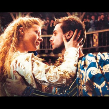 people ; Gwyneth Paltrow et Joseph Fiennes dans Shakespeare in Love