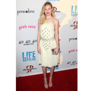 Kate Bosworth en robe jaune pastel Prada