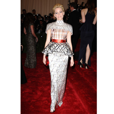 Elizabeth Banks en Mary Katrantzou