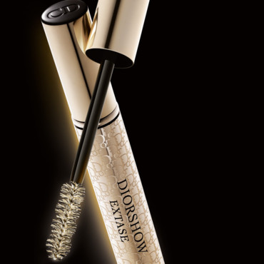 Maquillage Dior : mascara Diorshow Extatic Eyes avec Monica Bellucci