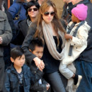 Stars et adoption : les enfants adopts par leurs parents people