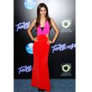 Victoria Justice en mode color block