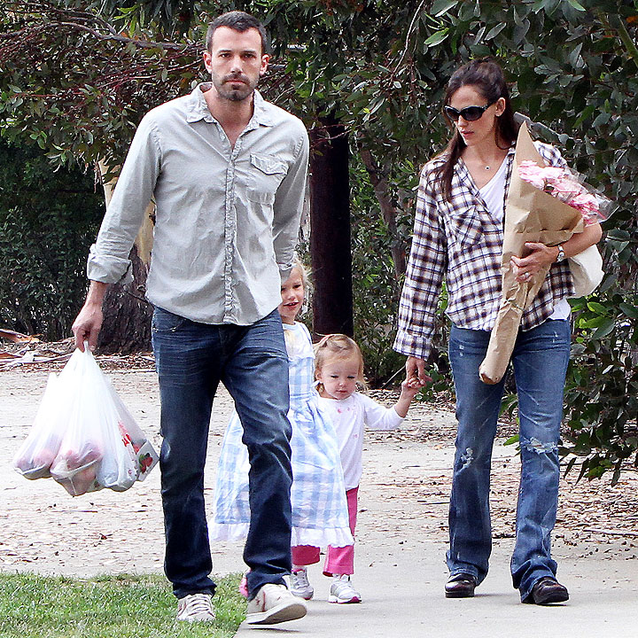 un quatri me b b pour ben affleck et jennifer garner actu people. Black Bedroom Furniture Sets. Home Design Ideas