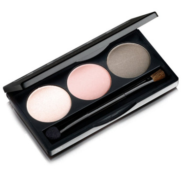 Smoky Eyes : ombre à paupières Chic Rose de Nutrimetics