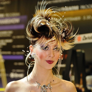 Coiffure Maquillage Fashion Week Milan : bicolore