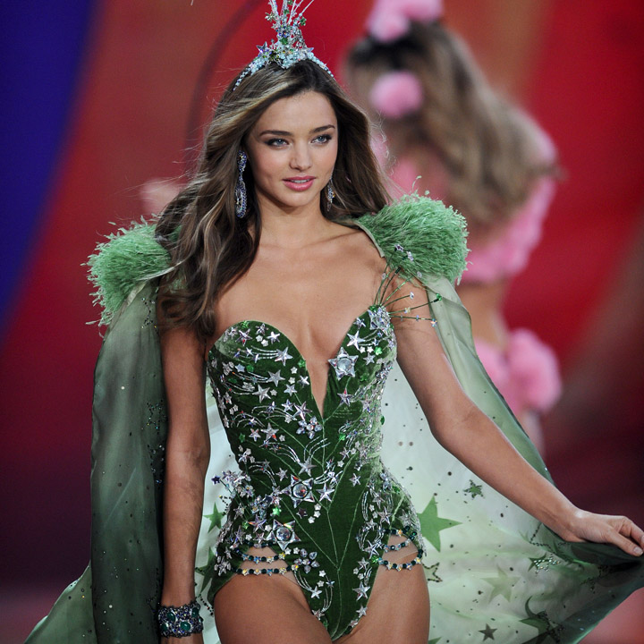 miranda kerr n 39 est plus un ange de victoria 39 s secret actu people. Black Bedroom Furniture Sets. Home Design Ideas