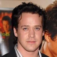 people : T.R. Knight