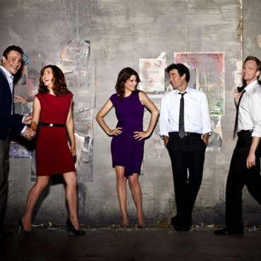 How I Met Your Mother - Saison 6. Série créée par Carter Bays, Craig Thomas en 2005. Avec : Josh Radnor, Jason Segel, Alyson Hannigan et Neil Patrick Harris