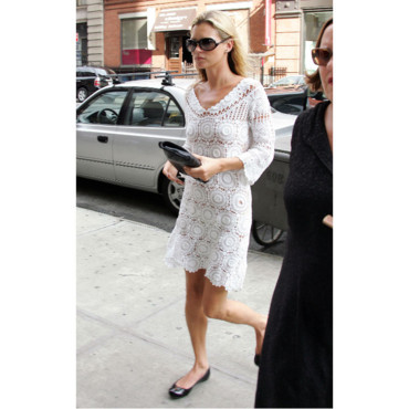 Kate Moss en robe crochet en 2005