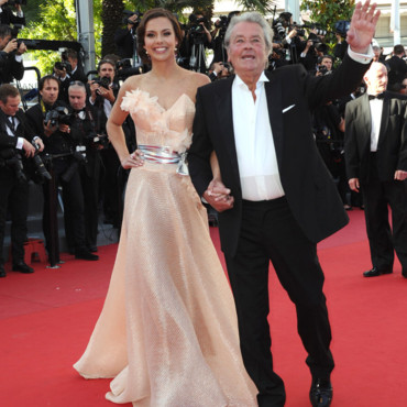 Miss France 2013 et Alain Delon, le 26 mai 2013 à Cannes.