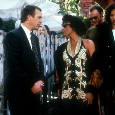 Kevin Costner et Whitney Houston dans le film Bodyguard de Mick Jackson