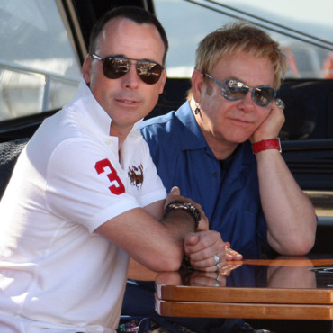 Sir Elton John et David Furnish à Saint-Tropez,