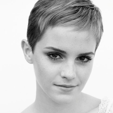 Emma Watson cheveux courts facebook