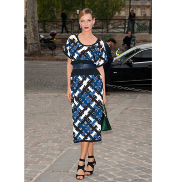 Uma Thurman au défilé Louis Vuitton été 2012