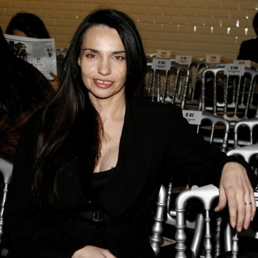 Les stars à la Fashion Week de Paris : Béatrice Dalle