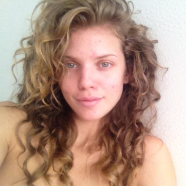 AnnaLynne McCord au naturel sur Instagram