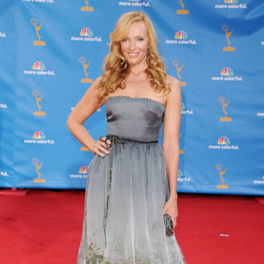 Toni Collette aux Emmy Awards