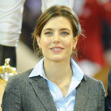 Charlotte Casiraghi au Grand Prix Gucci Masters International le 2 décembre 2011