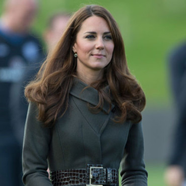 "Kate Middleton, Duchesse de Cambridge à la cérémonie d'ouverture de la ""Football Association's National Football Centre"" à St. George's Park, UK. Photo prise le 9 octobre 2012."