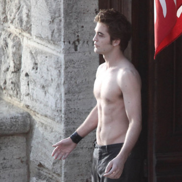 Robert Pattinson sur le tournage de Twilight 2, New Moon