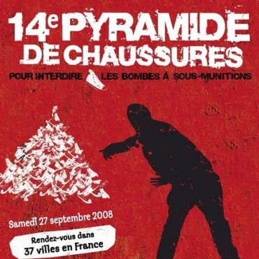 Handicap International et la 14e pyramide de chaussures