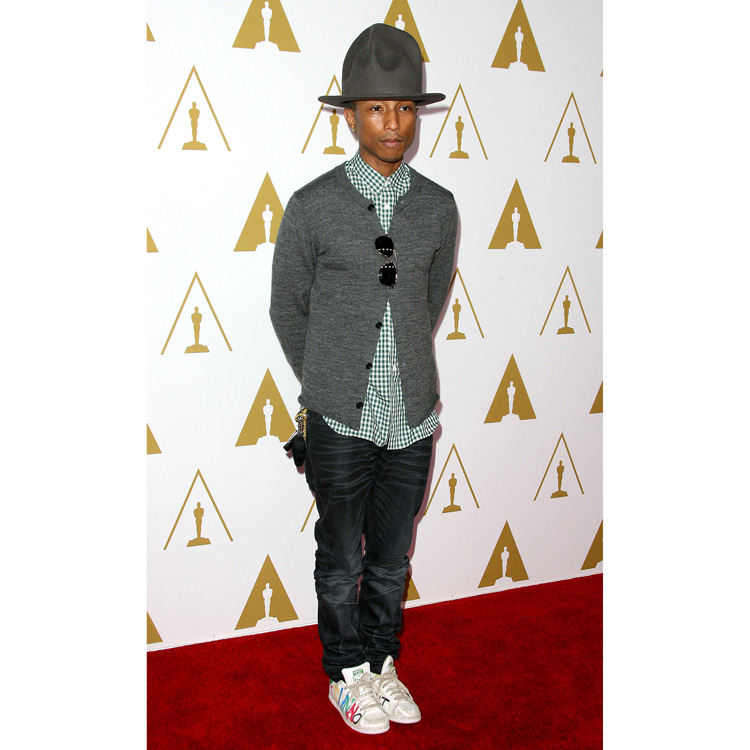 Pharrell Williams dîner pré Oscars à Los Angeles le 10 février 2014