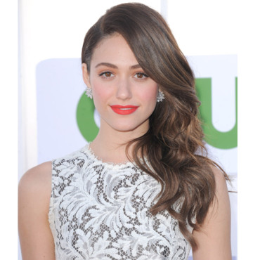 Emmy Rossum et son one shoulder