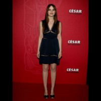 Photo : Sara Forestier sur le tapis rouge des Csar