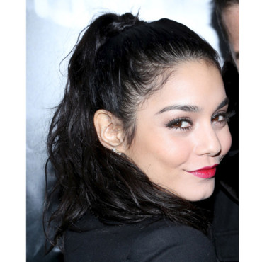 Vanessa Hudgens au Charity Meets Fashion 2012