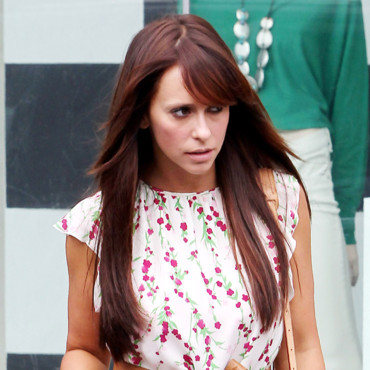 Jennifer Love Hewitt change de coupe de cheveux