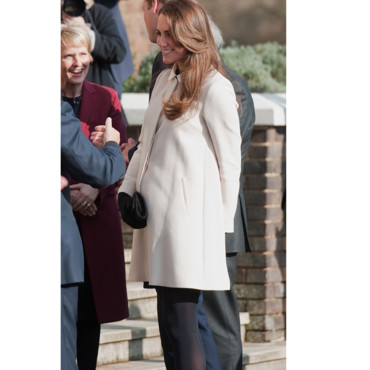 Kate Middleton visite le QG de l'oeuvre de charité Child Bereavement UK dans le Buckinghamshire en mars 2013.