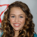 "Miley Cyrus lors du concert ""Day for KidS"" à Santa Monica en 2006"