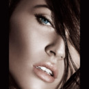 Megan Fox pour Armani maquillage Bronze Mania