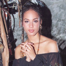 Alicia Keys aout 2001