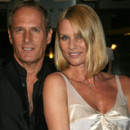 people : Michael Bolton et Nicollette Sheridan