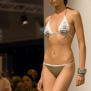 Bikini été 2009 Jolidon au Salon Mode City