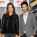 Adèle Exarchopoulos et Pierre Niney à l'hôtel Scribe pour l'annonce des nominations aux Prix Romy Schneider et Patrick Dewaere, le 10 mars 2014.