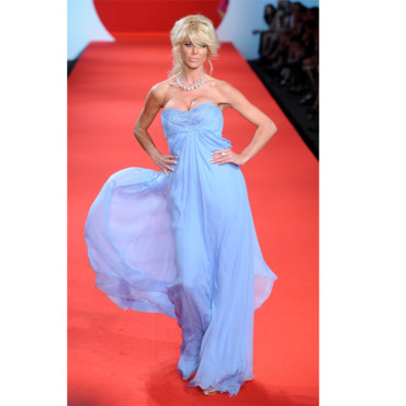 Festival de Cannes 2011 Victoria Silvstedt à la soirée fashion for relief