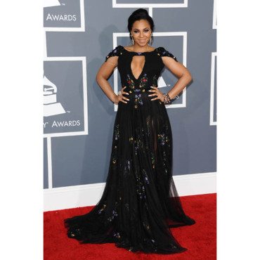 Ashanti aux grammy Awards 2013
