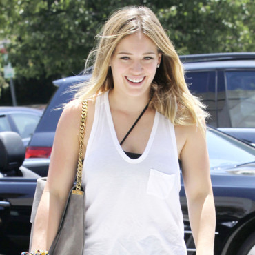 Hilary Duff au naturel le 8 août 2013 à Los Angeles