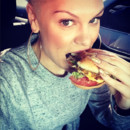 Stars & food : quand les people se goinfrent sur Instagram