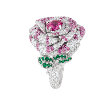 BAGUE LA ROSE DIOR BAGATELLE OR BLANC DIAMANTS SAPHIRS ROSES ET EMERAUDES